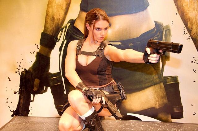 Tomb Raider hot